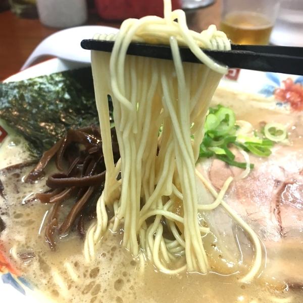 ラーメン かなや_麺.JPG